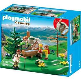 Playmobil Mountain Life 5424 Backpacker Family at Mountain Spring