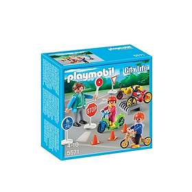 Playmobil City Life 5571 Children with Crossing Guard