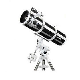 Sky-Watcher 203 EQ5
